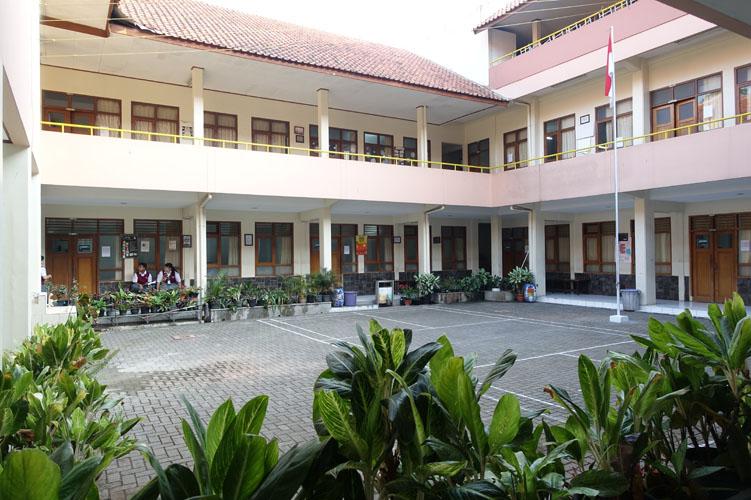 school_168_007