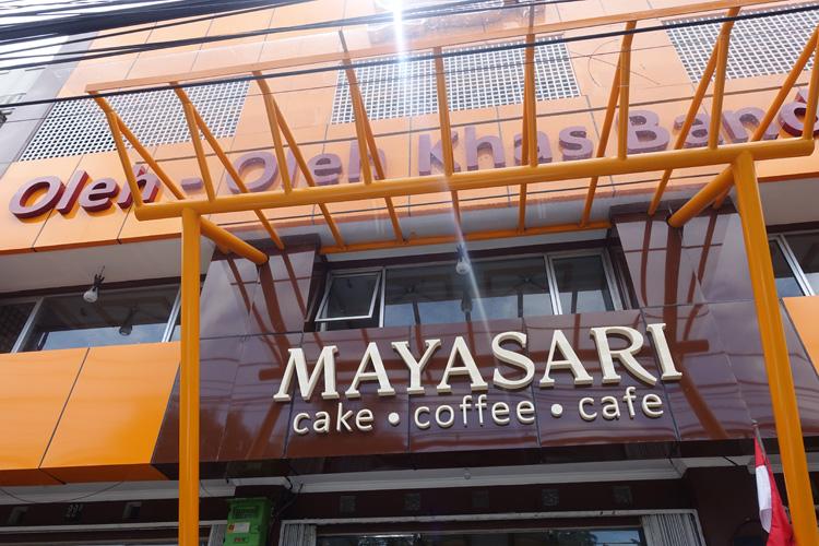mayasari_0935
